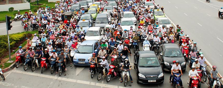 Скутерный коллапс в столице Вьетнама